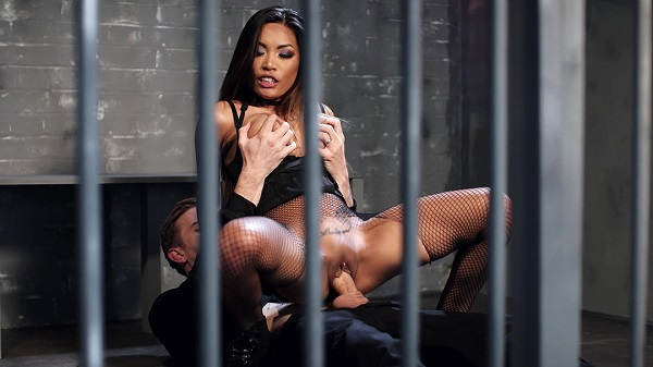 Polly Pons cowgirl riding her well endowed prison guard